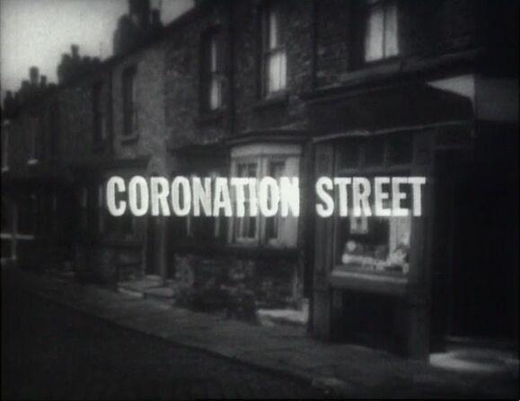 File:Coronation Street in 1960.JPG