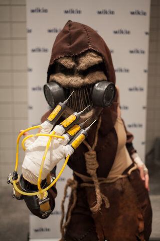 File:Scarecrow NYCC.jpg
