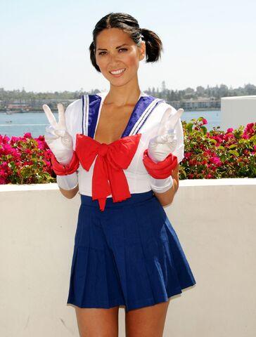 File:Olivia munn cosplay as sailor moon.jpg