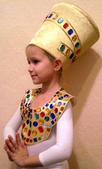 Nefertiti-topside