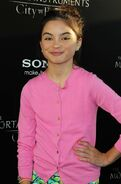 Landry-bender-premiere-the-mortal-instruments-city-of-bones-03