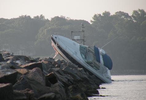 File:Jg 2011 0820 boat3.jpg