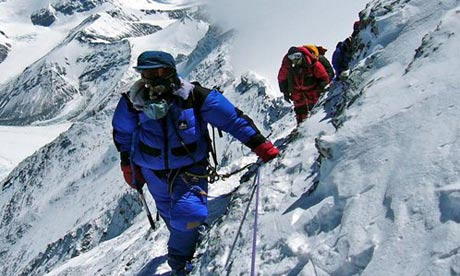 File:Climbing-Mount-Everest-006.jpg