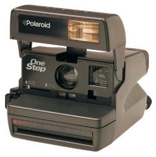 File:Polaroid-camera.jpg
