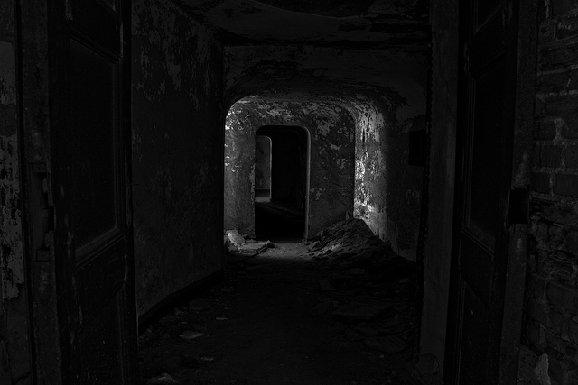 File:Darkhallway.jpg