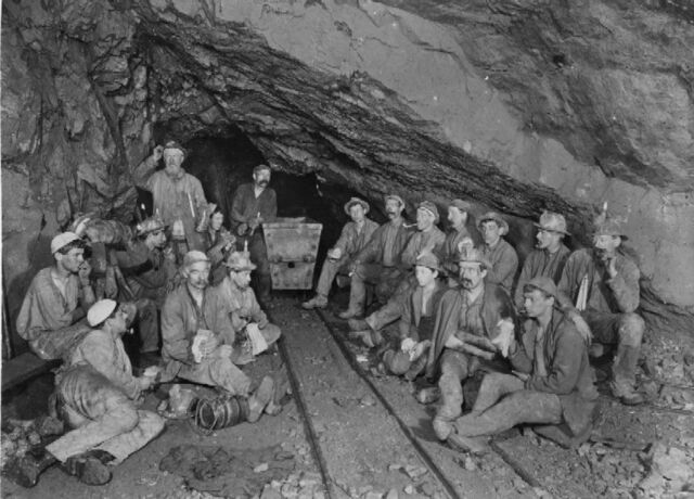 File:Miners - PC brochure Image (thumb).jpg