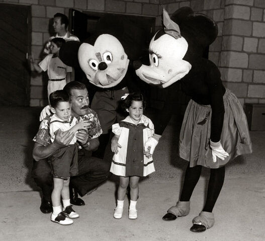 File:Terrifying Mickey Mouse.jpg