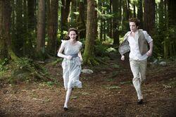 Bella as a vampire in Alice's vision