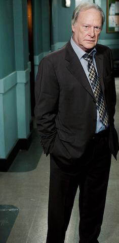 File:Gerry Standing.jpg