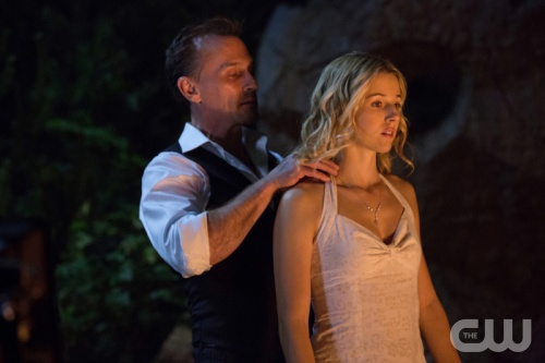 File:Robert Knepper as Billy aka Roger and Alona Tal as Marti aka Kelly 3.jpg