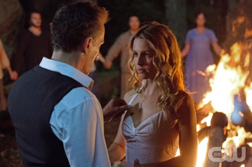 File:Robert Knepper as Billy aka Roger and Alona Tal as Marti aka Kelly.jpg