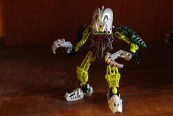 Bionicle's 001