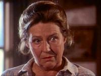 Sarah Cunningham as Aunt Maggie