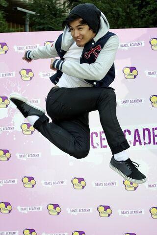 File:Jordan+Rodrigues+Dance+Academy+Photocall+Madrid+H9mjYHcGLZgl.jpg
