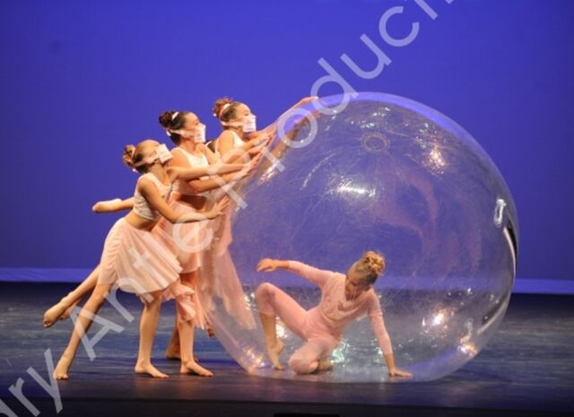 File:601 The Girl In The Plastic Bubble 3.jpg