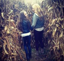 Maddie and Ryleigh in the cornmaze