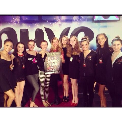 File:Chloe Smith and others at Nuvo 2013-11-23.jpg