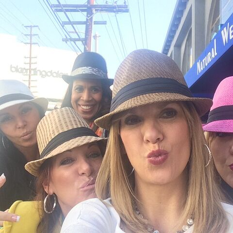 File:ALDC moms in LA 2015-01-22 Melissa Jill Kira Holly Jessalynn.jpg