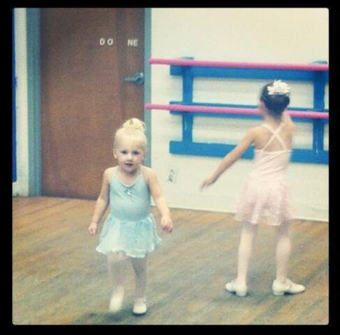 File:Clara in dance class.jpg