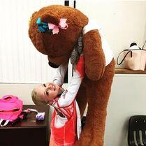 530 jojo and her bear