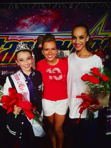 File:Kamryn Beck Miss Teen Starquest 2014 Atlantic City Nationals with Gianna Newborg and Kaeli Ware.jpg