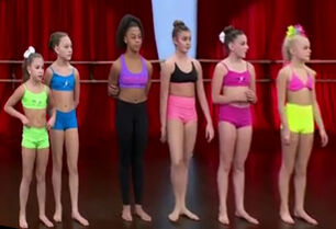 Lineup 01e altered perspective - Kalani says 5ft2 in egg-game with Addison near this time - Nov 2014 - Nia Risks It All pyramid