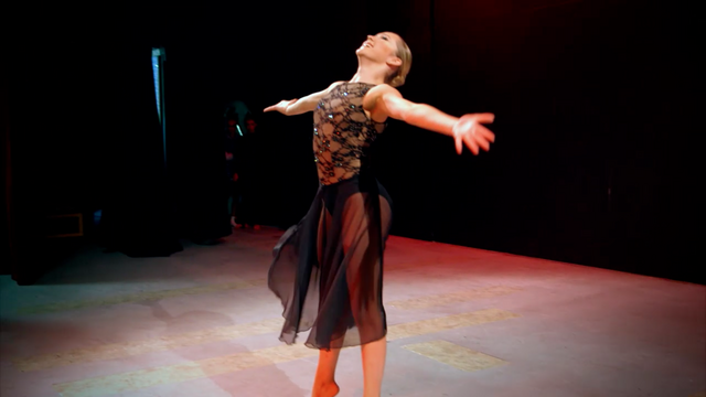 File:Dance Mums 206 Sam solo 2.png