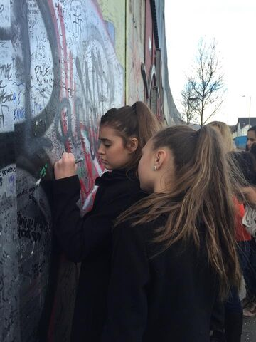 File:Kalani writing left handed on wall in Belfast - 3March2015.jpg