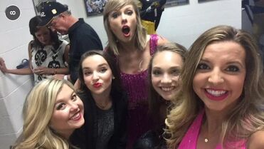 Kendall Maddie Ryleigh Elissa at Taylor Swift concert 6June2015