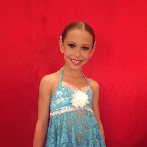 File:Caylie Almada for Dance Moms - posted 2015-06-03.jpg