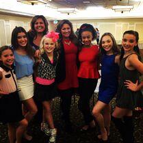 Cast with guest Dallas Lovato 23Jan201