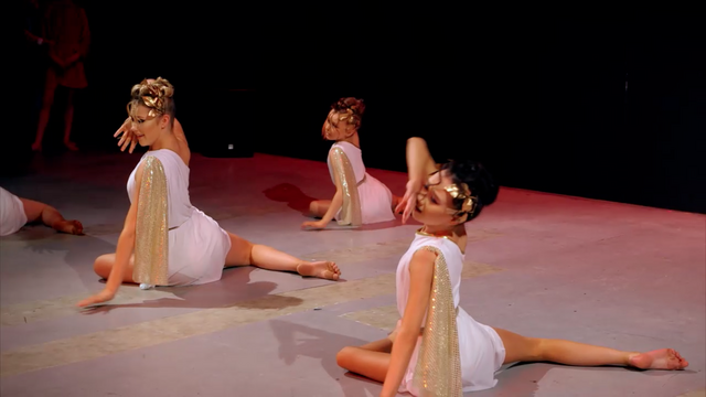 File:Dance Mums 206 group dance 7.png