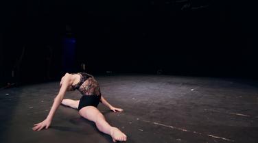 Dance Mums 207 Sam modern solo 1