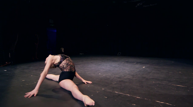 File:Dance Mums 207 Sam modern solo 1.png