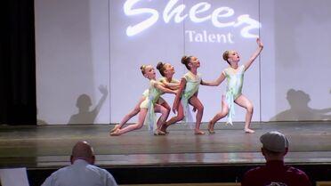 633 Mini Group Dance (2)