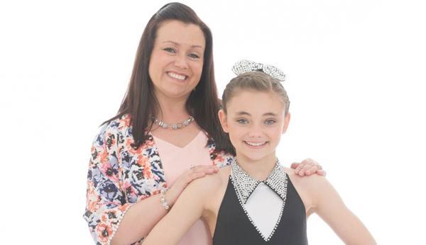 File:Cast2-Leah-Rose-and-Lisa.jpg