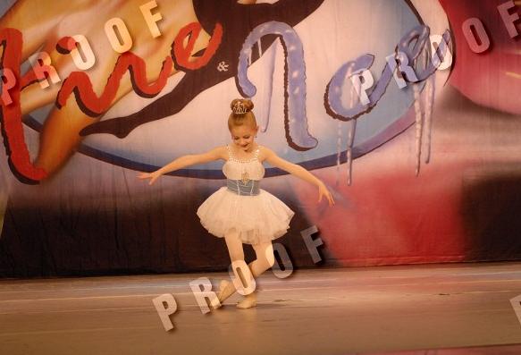 File:Chloe Lukasiak - Princess Chloe - Fire and Ice, 26-27 April 2008 Pittsburgh.png
