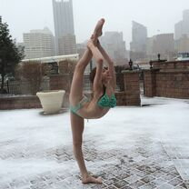 Chloe Smith - Pittsburgh snow and 8 degrees - 13Feb2015