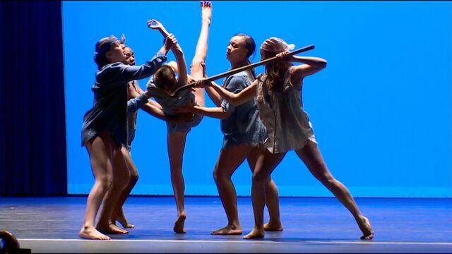 File:708 Group Dance 4.jpg