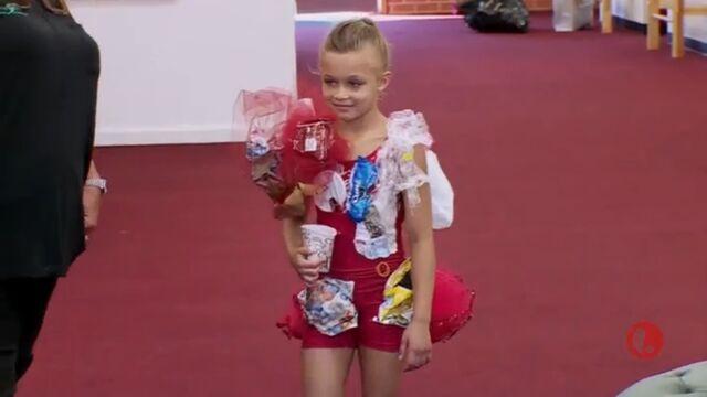 File:632 Peyton solo original costume.jpg