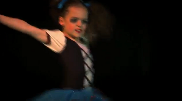 File:Dance Mums solo 4.png