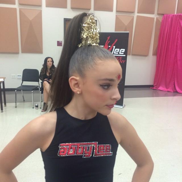 Image Kendall Tp Roll For Hair Jill Gram Jpg Dance