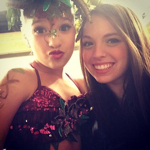 File:Mackenzie with Payton 2015-01-31.jpg