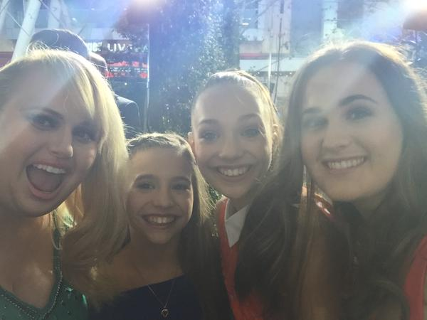 File:Rebel Wilson and sister Annachi with Mackenzie and Maddie - posted early on 9May2015.jpg
