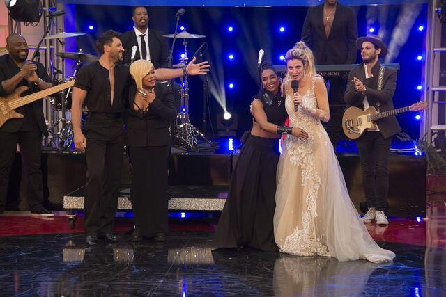 File:Heather and Maks S24 Week 10 Finale Night 2 Rumba Encore 4.jpg
