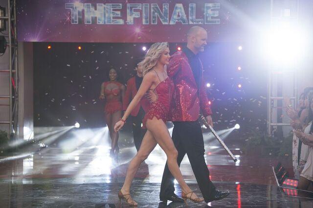 File:David and Lindsay S24 Week 10 Finale Night 2 1.jpg