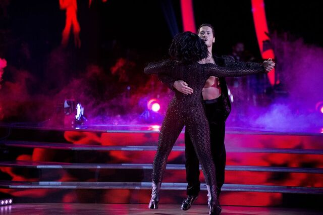 File:Normani and Val S24 Week 10 Finale Night 1 Quickstep 4.jpg