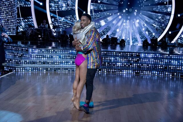 File:Rashad and Emma S24 Week 10 Finale Night 1 Freestyle 10.jpg