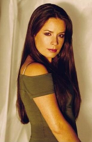 File:Holly Marie Combs.jpg