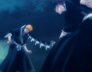 Renji injures Ichigo with his Zabimaru's Shikai